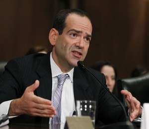 Neil Barofsky, special inspector general for TARP, testifies before the Senate Finance Committee hearing to examine the Troubled Asset Relief Program (TARP). July 2010. (AP Photo/Manuel Balce Ceneta)