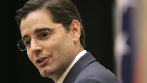 Federal Communications Commission Chairman Julius Genachowski speaks at the University of Arkansas Clinton School of Public Service in Little Rock, Ark. November 2009. (AP Photo/Danny Johnston)