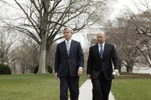 JP Morgan Chase & Co. Chief Executive Officer Jamie Dimon, left, and Goldman Sachs Chief Executive Officer Lloyd Blankfein leave the White House in Washington, Friday, March 27, 2009, following a meeting between chief executives and President Barack Obama. (AP Photo/Evan Vucci)