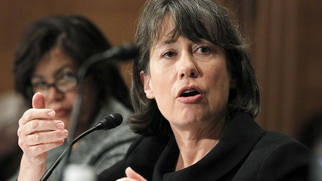 Federal Deposit Insurance Corporation (FDIC) Chair Sheila Bair, right, testifies on Capitol Hill in Washington, Wednesday, Dec. 1, 2010, before the Senate Banking Committee hearing on problems in mortgage servicing from modification to foreclosure. At left is Phyllis Caldwell, chief of the Homeownership Preservation Office of the Treasury Department. (AP Photo/Manuel Balce Ceneta)