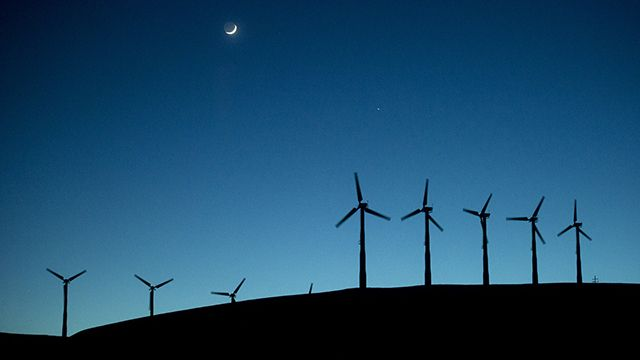 Windmills lining the Altamont Pass generate electricity on Sunday, May 12, 2013, near Livermore, Calif. (AP Photo/Noah Berger)