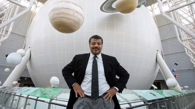Neil deGrasse Tyson, director of the Hayden Planetarium at the Rose Center for Earth and Space at the American Museum of Natural History, in New York in September 2006. (Photo by Suzanne DeChillo/The New York Times)