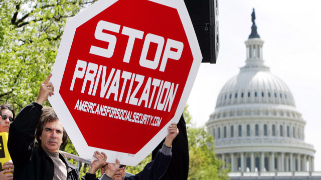 Protest against privatization of Social Security in Washington, DC. Tuesday, April 26, 2005. (AP Photo/Manuel Balce Ceneta) AP05042603749