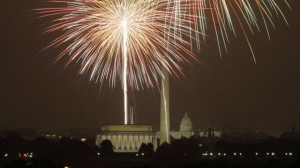 Fireworks light up the sky over the National Mall in Washington Friday, July 4, 2008.(AP Photo/Luis M. Alvarez)