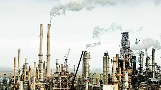 The Rodeo San Francisco Refinery is a oil refinery located in Rodeo, California, which is located in the San Francisco Bay Area. The refinery is currently owned and operated by ConocoPhillips. (Photo: Thomas Hawk/Flickr CC 2.0)