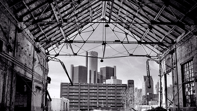 The old and the new Detroit. (Photo: Angela/flickr CC 2.0)