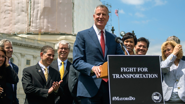 Mayor Bill de Blasio Hosts Press Conference with Bipartisan Coalition of Mayors to Call for Long-Term Transportation Bill. Capitol Hill, Washington, D.C. Wednesday, May 13, 2015. (Photo: Demetrius Freeman/Mayoral Photography Office.)