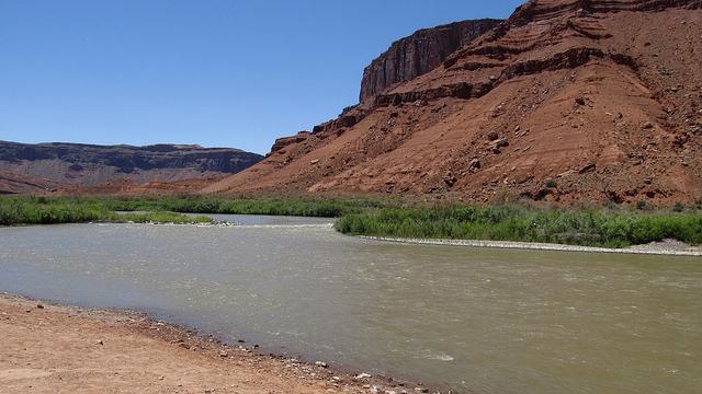 Rocky Rapid, Colorado River, Near Moab, Utah. (Credit: Ken Lund/CC 2.0)