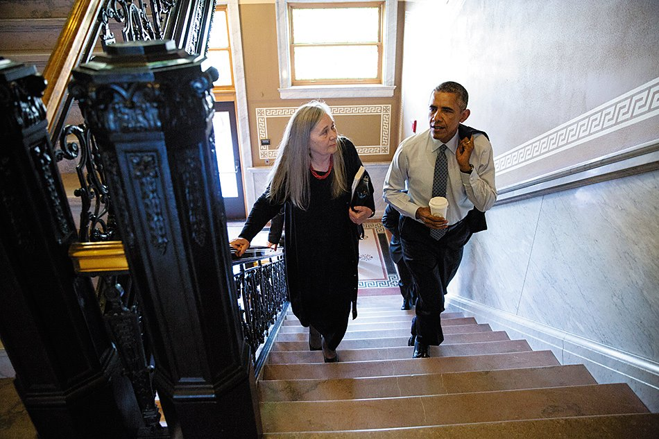 Marilynne Robinson and  Barack Obama at the Iowa State Library, Des Moines, September 2015. (Pete Souza/White House)