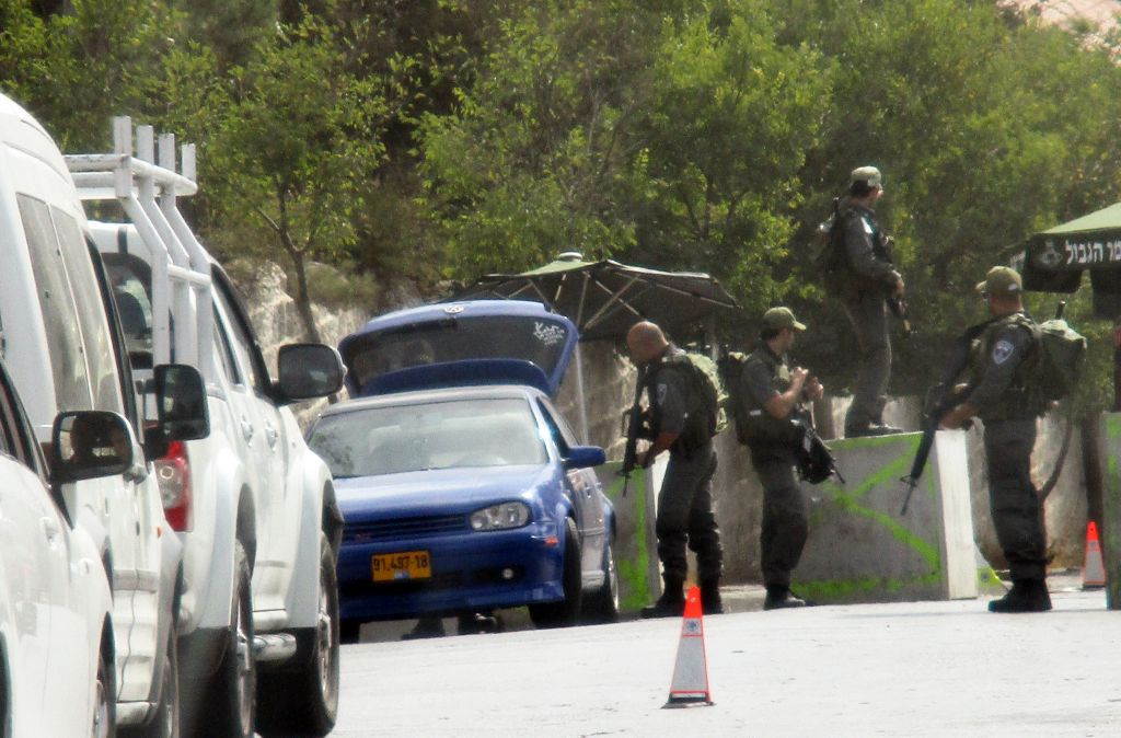 A checkpoint in Israel. (Credit: Patricia Ivers)
