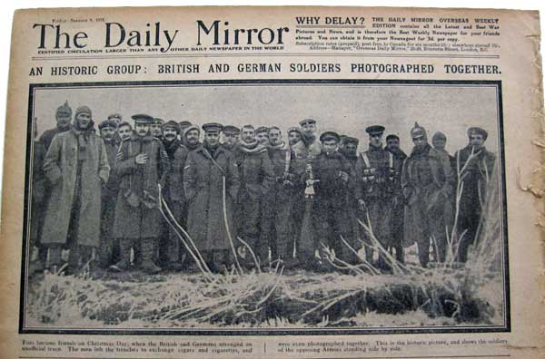 Daily Mail newspaper showing Christmas truce, 1914