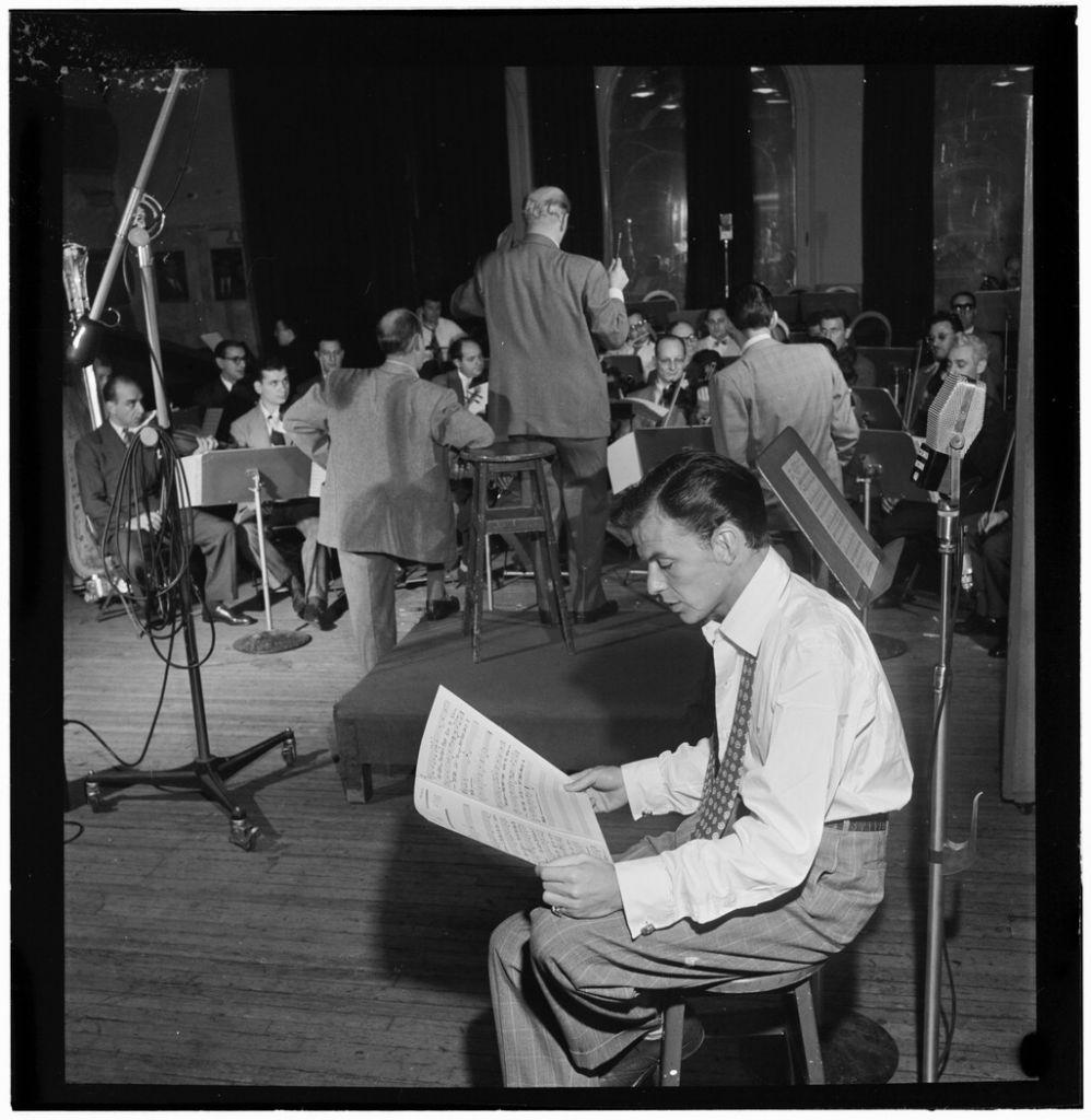 Portrait of Frank Sinatra and Axel Stordahl, Liederkrantz Hall, New York, N.Y., ca. 1947 (William P. Gottlieb/Wikimedia Commons)