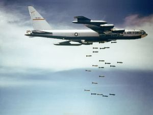 A U.S. Air Force Boeing B-52 from the 320th Bomb Wing dropping bombs over Vietnam. (Credit: US Air Force   Wikicommons)