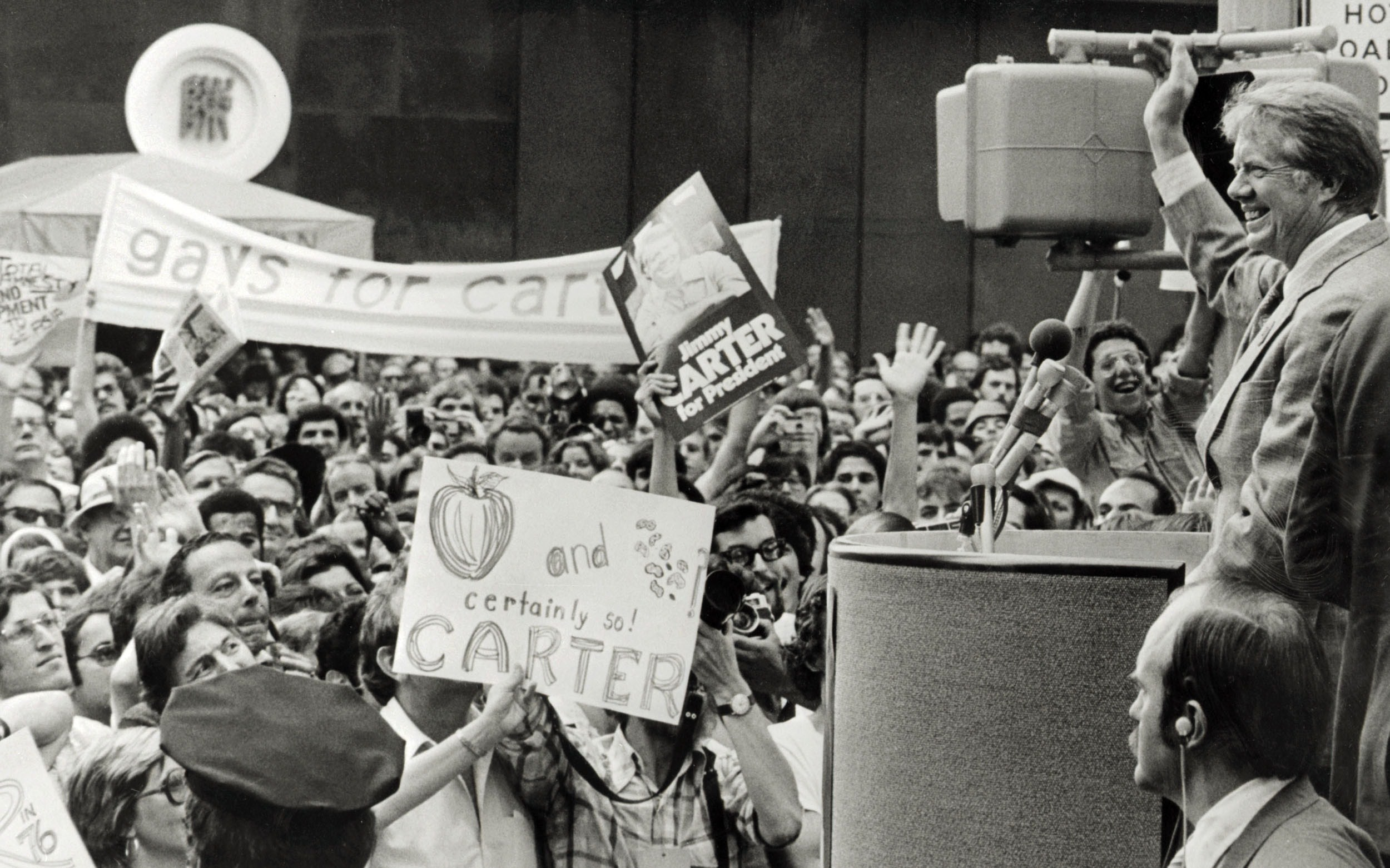 Democratic presidential hopeful Jimmy Carter addresses a crowd during the 1976 Democratic National Convention in New York. (Photo by AFP/Getty Images)