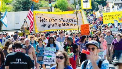 Democracy Awakening protest in Washington, DC on April 28, 2016. (Credit: cool revolution, Flickr / CC 2.0)