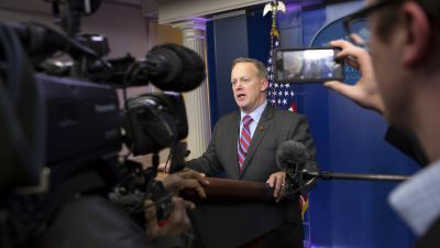 Press Secretary Sean Spicer makes a statement at the White House on January 20, 2017 in Washington, DC. (Photo by Chris Kleponis - Pool/Getty Images)
