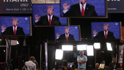 Members of the media watch the third US presidential debate on Oct. 19, 2016 in Las Vegas, Nevada. (Photo by Justin Sullivan/Getty Images)
